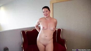 Short-haired milf handjob