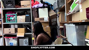 Shoplyfter - Hot Ebony Cutie Sucks Cock To Avoid Jail thumbnail