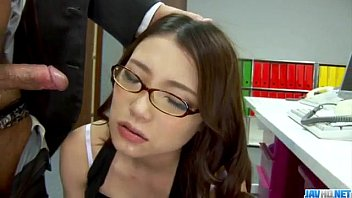 Sweet Ibuki enjoys cock from behind while at work 12分钟