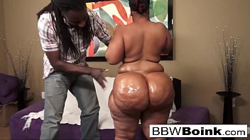 Ebony babe with huge ass gets fucked on the couch 7 min