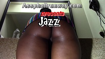 a big butt ebony gets ready for the fuck table thumbnail