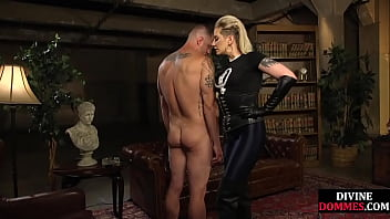 Leather Domina Tourmenting Her Pathetic Sub