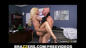 Office bdsm supplies - Slutty blonde paitent begs her doctor to give her some hard dick