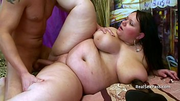 Pretty BBW's shaved pussy eaten out and fucked porno izle