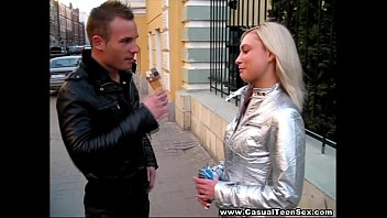 Casual Teen Sex - Treating this pretty blonde I met taking a walk on the street to an ice-cream was a great idea