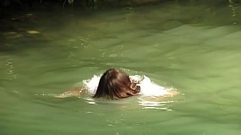 Women Shows Their Wet Nude Bodies On Public: m xuy tv thumbnail