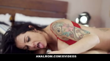 Hot cougar with huge tits gets fucked in the ass