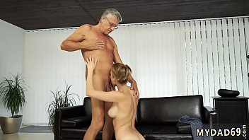 Old woman pee Sex with her boypartner´s father after swimming pool