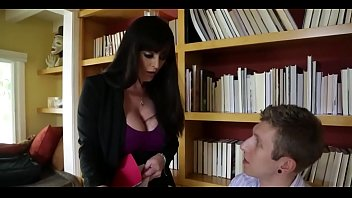 Sophie Dee's Boobs Distract her Boss from Work! 8 min