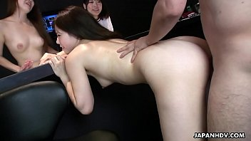 Yuri Sakura and her hostesses friends bangs with lucky guy