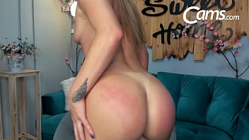 Fitness Babe StefyMoore Whipped And Spanked Til She Turns Deliciously Pink!
