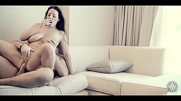 ANGELA WHITE - Passionate Real Hotel Sex with Manuel Ferrara