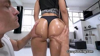 Twerk your oily phat Latina ass on my cock