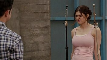 Alexandra Daddario - New Girl