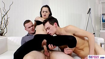 Bisex guy and her lover caught on kissing by his girlfriend - Ashley Woods, Alessandro Katz, Alex Vichner
