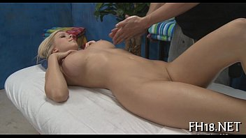 Her pussy is screwed well 5分钟