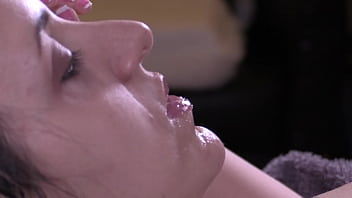 Close Up Sensual Blow Job Big Dick With Cum Shot On Queen Mona's Face