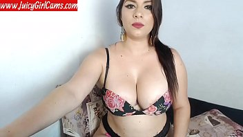 Very hot latina milf with perfect tits on webcam - www.JuicyGirlCams.com
