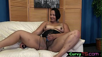Tgirl BBW wanks her dong in sexy lingerie