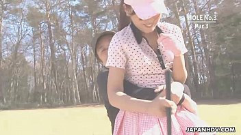 Asian babe gets naked at the golf course