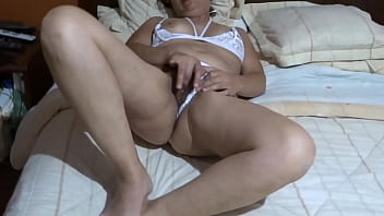 ARDIENTES 69 - MY WIFE WHO IS A MOTHER OF A FAMILY, IS FASCINATED BY MASTURBATING AND HAVING ORGASMS EVERY DAY - ARDIENTES69