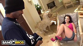 BANGBROS - French PAWG Liza Del Sierra Is The Full Package!