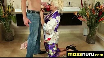 slippery massage with happy end 5