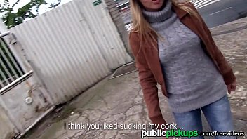 Mofos - Hot Euro blonde gets picked up on the street 8分钟
