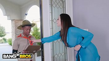 BANGBROS - MILF Ariella Ferrera Trades Pussy For Lil D'_s Scout Cookies
