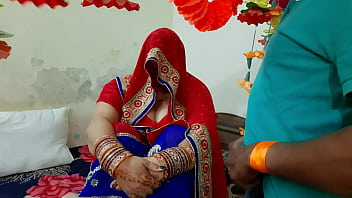 The father-in-law pelted the pussy by luring the bride Avni
