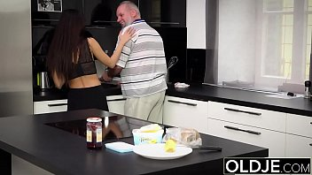 Morning Breakfast sex OLD and YOUNG Teen gives a handjob fucked and cumshot