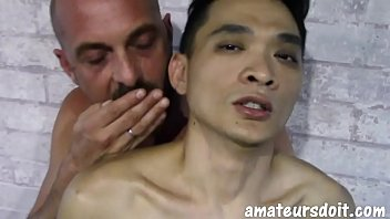 AmateursDoIt - Young Asian fucked bareback by daddy's cock