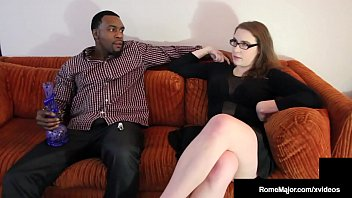 Big Black Bro Rome Major Nuts On Milky White Buddy's Sister! 10分钟