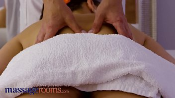 Massage Rooms 18 year old Mia Rose has big natural tits covered in oil and pussy fucked