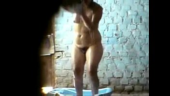Indian Guy fic cam , recorded Aunty's Nude bathing