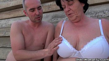 Amature mature moms Mature moms getting fucked outdoors