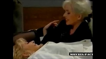Helen hunt naked picture - Helen duval and lea martini in nice lesbian scene view more stuff on befucker.com
