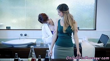 Glam lesbians pussylicking in chemistry lab
