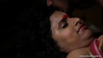 desimasala.co - Surekha aunty fucked by young guy