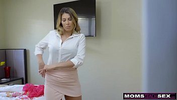 MomsTeachSex - Hot Mom Caught With StepSiblings... | Video Make Love