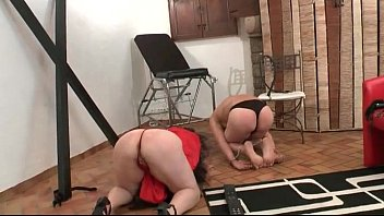 French swingers getting corrected both vaginal and anal fist fucked