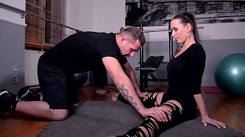 Fetish slut Wendy Moon gets Pissed on & Dominated by a Couple thumbnail