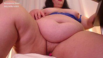 Streaming Video Plump Queen - XLXX.video