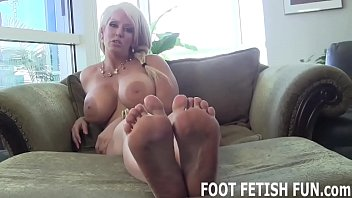 I want to make you hard with just my feet