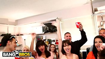 BANGBROS - Dorm Invasion College Party Gets Turned Up!