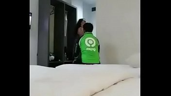 Video Bokep Tante Girang Ngentot Sama Gojek - Full Video: Https://ouo.io/q6Jpsf