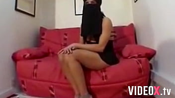 This Arab slut gets her ass fucked with a niqab