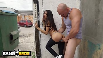 Teen latin boys - Bangbros - young latina veronica rodriguez fucked doggy style in alley