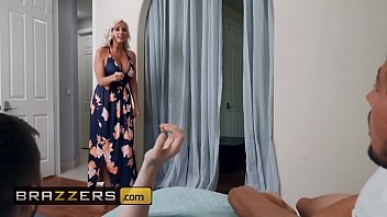 Streaming Video Moms in control - (Alena Croft, Scarlit Scandal, Tyler Nixon) - Cumming Out Of The Closet - Brazzers - XLXX.video