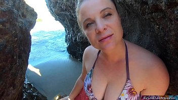 6538 Blonde tour guide blows tourist on the beach then fucks back at her place preview